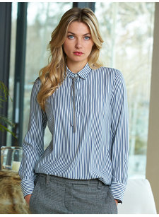 look 8 fine stripe shirt