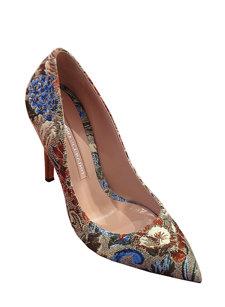 tapestry heel